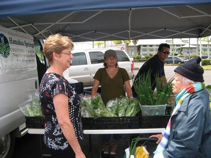 Kinoole farmers market 2 040